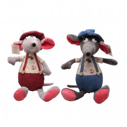 Toy soft mouse in the hat music